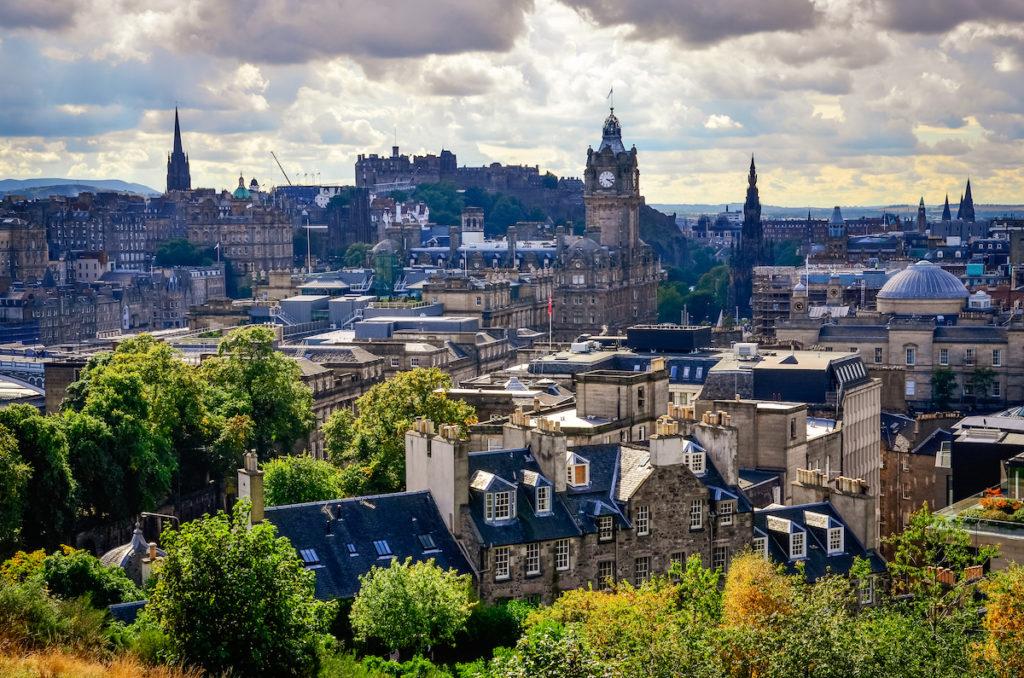 Vue sur Edimbourg et son château